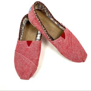 TOMS Classic Red Chambray Slip On Shoes Size 7